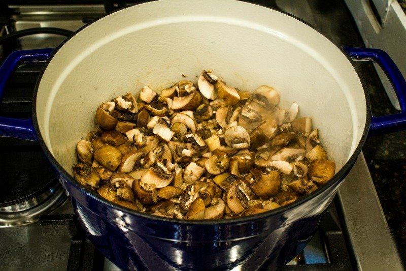 Cremini and white mushrooms for mushroom soup