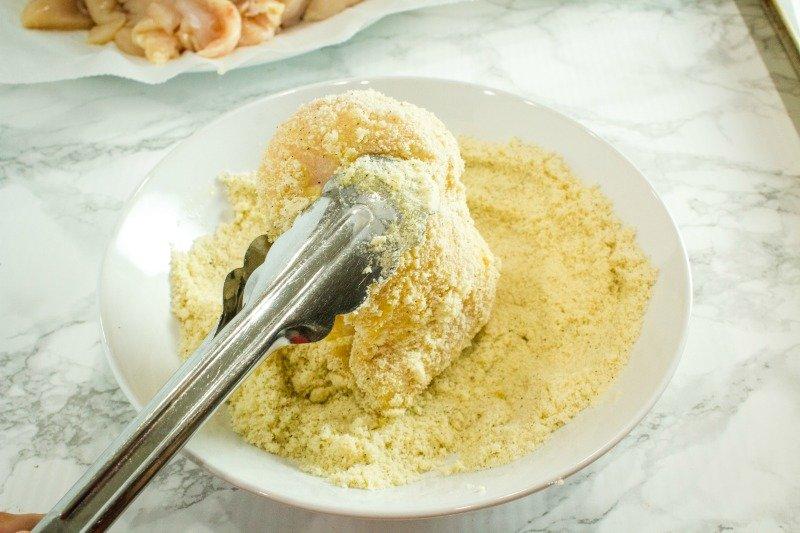 almond flour chicken breading in white bowl